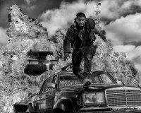 Режиссер «Безумного Макса», возможно, покажет черно-белый вариант фильма
