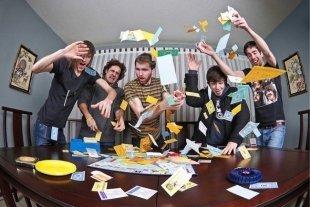 Настольные игры: подборка настолок от эксперта для убойного отдыха дома, на даче и где угодно