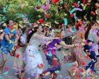 Жителям Екатеринбурга (и не только) предлагают поддержать фестиваль «Коляда-Plays»