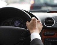 В Казахстане разрешили получать права без обучения в автошколе