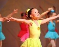 Тюменских школьников приглашают на бесплатные занятия по танцам