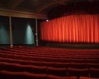 С 5 июля сургутяне смогут увидеть мировые театральные шедевры на экране