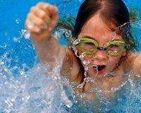 """В Сургуте стартовала акция """"Научись плавать!"""""""