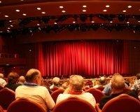 Тюменцев научат разбираться в театральном искусстве