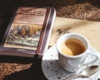"""В Самаре стартовала акция """"Меняем книги на кофе"""""""