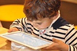 7 приложений для умных родителей: FamilyTime, I'm Ok Mama и другие