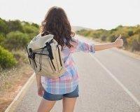 Карагандинок научат путешествовать автостопом