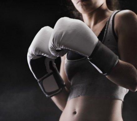 Занятия по боксу и кикбоксингу для женщин в Уфе: Liga Gym, Smart Boxing Club и ещё четыре