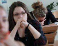 """В Самаре работает телефон """"горячей линии"""" для выпускников"""