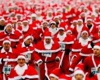 На ВДНХ пройдет благотворительный забег Дедов Морозов.