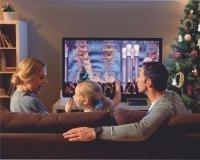 Половина сургутян проведут новогодние праздники перед телевизором.