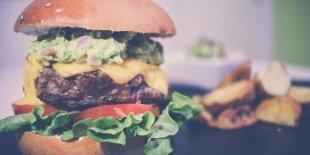 Заведения с бургерами, которые открылись в этом году: «Дорогая, я перезвоню..,», «Мясо Мясо» и ещё четыре