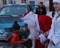 Карагандинские волонтеры подарили подарки  детям с ограниченными возможностями