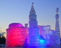 На Поклонной горе проходит фестиваль «Ледовая Москва. В кругу семьи».