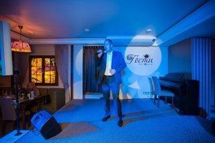 Концерт Виктора Монича в рестоклубе «Гости» — фотоотчёт