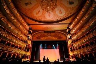 27 марта можно купить билеты в театры со скидкой до 90%
