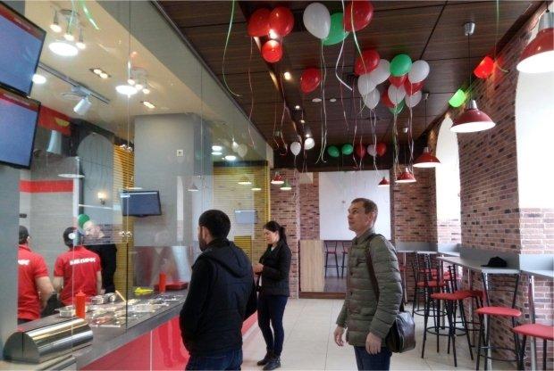 В Казани открылось заведение «Mc.Giros»