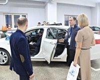 Автосалон «Эврика-Трейд» представил в Сургуте новый флагманский седан Geely Emgrand GT