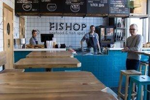 Рядом с метро «Бауманская» открылся ресторан «Fishop».