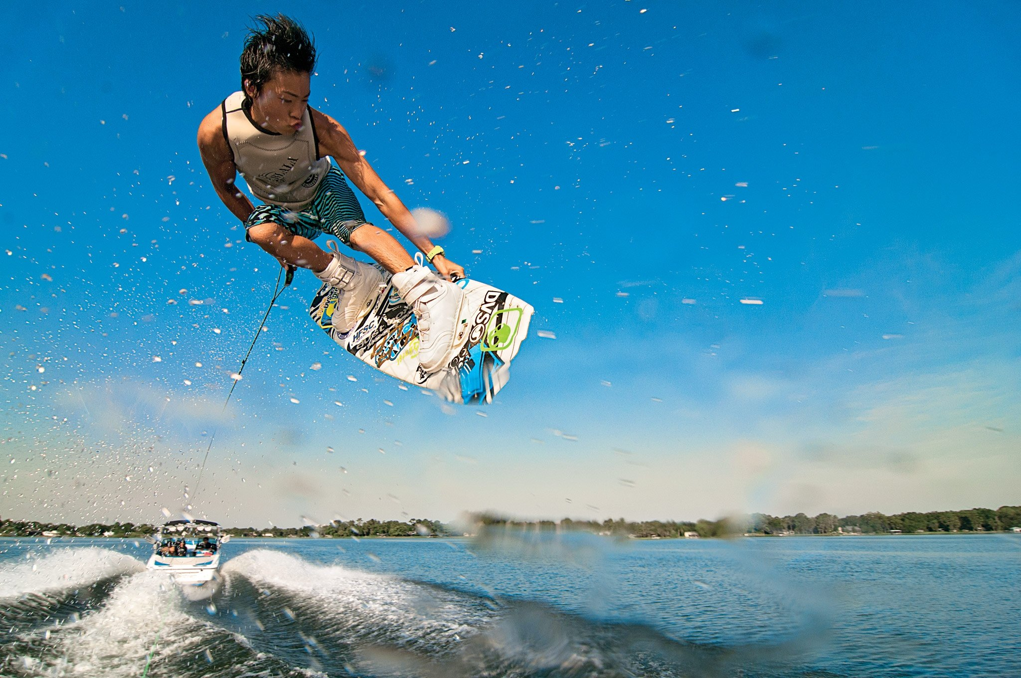 the skills required in playing the wakeboarding sport Winter extends the action for minnesota's high-flying kitesurfers daredevils look ahead to main event march 3 on lake mille lacs by lisa meyers mcclintick special.