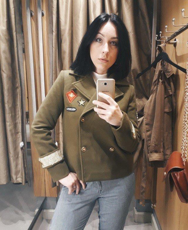 b7804adab38 Лайкни меня  разбираемся в каких челнинских магазинах самые удачные  примерочные для селфи