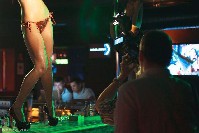 eto-porno-yulii-klub-che-gevara-tsentre