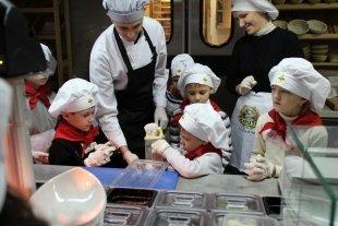 Школа юных рестораторов в ресторане «Scoozi». Готовим «Ньокки с курицей»