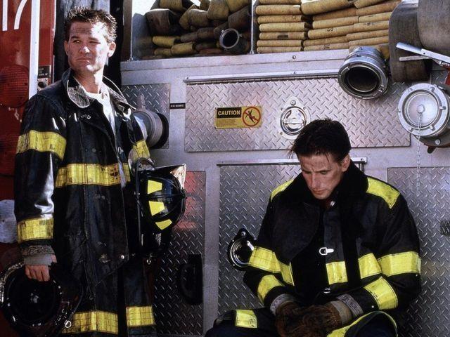 Гей пожарник в контакте
