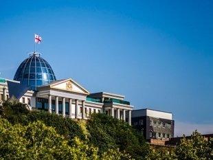 Откусывать ивыпивать: пять вещей, которые нужно сделать в Тбилиси
