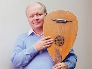 Люди в городе: гости выставки «Лица челябинской музыки»