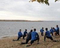 """""""Крылья Советов"""" тренировались на берегу Волги."""