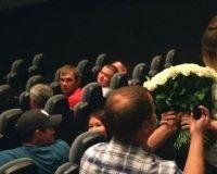 В одном из самарских кинотеатров произошло очень романтическое предложение руки и сердца