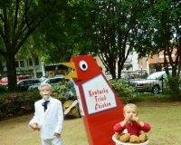 В KFC в Halowe'en кормят за костюмы