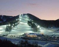 """В фанпарке """"Бобровый лог"""" открыли горнолыжный сезон!"""