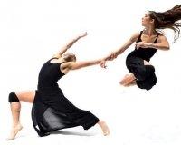 В Екатеринбург приезжает известный театр танца из Вашингтона «Company E»: будет спектакль и мастер-класс