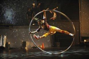 Выбирай-ТВ: Шоу ID от Cirque Eloize