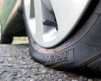 На тюменских заправках бесплатно подкачивают колеса