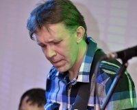 В арт-клубе Sadre выступили с концертной программой Алексей Лебедев и группа Acoustic Band.