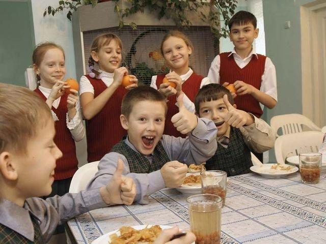 В Петербурге стартует проект «Шеф в школе» для искоренения несъедобных обедов