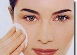 Уход за нормальной и комбинированной кожей с применением препаратов GIGI