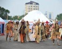 Перед ТРЦ «Хан Шатыр» развернулся традиционный фестиваль кочевой цивилизации!
