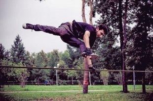 Топ-5 артистов в Челябинске, что чудят ногами