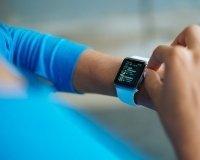 Официально объявлена дата старта продаж Apple Watch в России