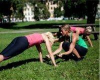 В Парке Победы проходят фитнес-занятия