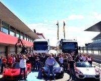 Звезды шоу Top Gear начали снимать свою программу про автомобили