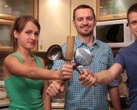 У жителей Екатеринбурга новое увлечение: они готовят еду на чужих кухнях