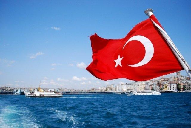 Туроператоры РФ прекращают продажу путевок в Турцию